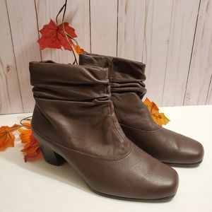 David Tate Ankle Boots 9 Wide